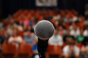 Jak lépe mluvit na veřejnosti