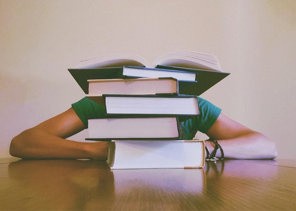jak se efektivně učit z učebnice, jak se zbavit stresu